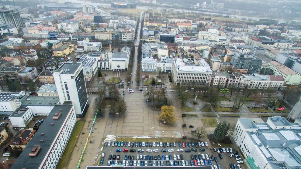 Vienybės aikštėje yra vykę net du architektūriniai konkursai, kurių sprendinius dabartinė Kauno valdžia linkusi ignoruoti. Foto: Kauno savivaldybės
