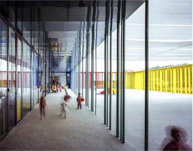 "El Petit Comte vaikų drželis, arch. ""RCR Arquitectes"" su J.Puigcorbé. Foto: H.Suzuki"