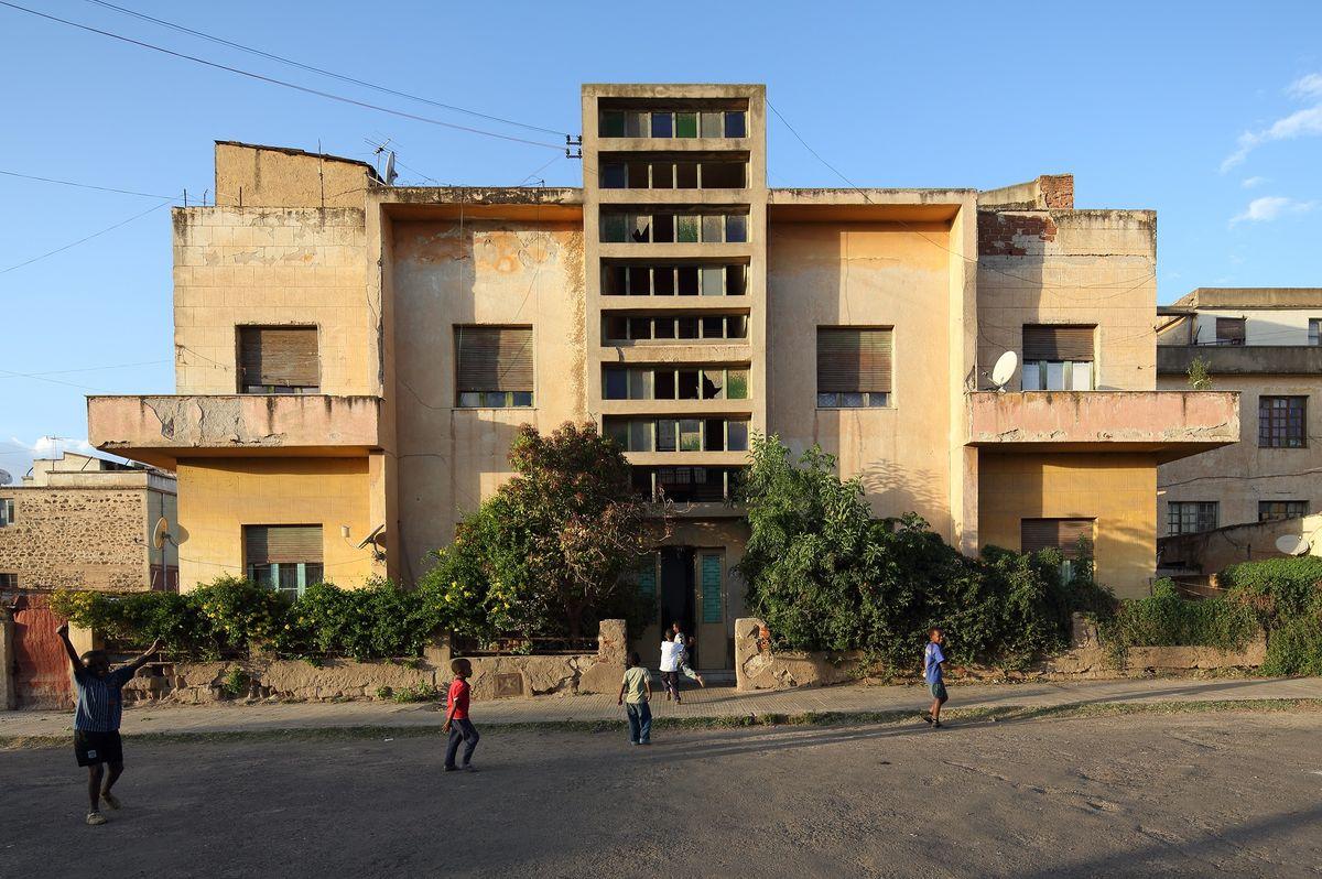 Eritrėjos sostinė Asmara: gyvenamasis namas.