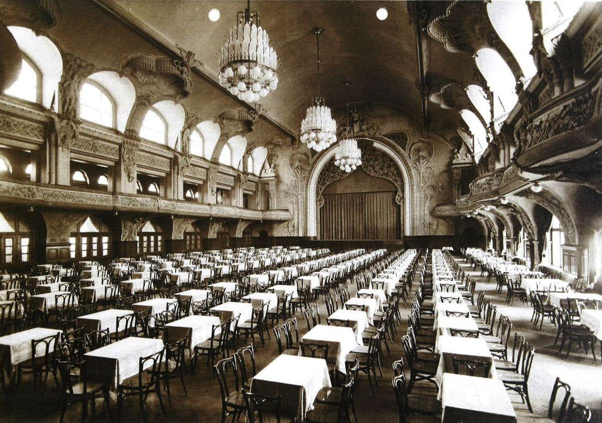 Leipcigo kongresų salė prieš rekonstrukciją.