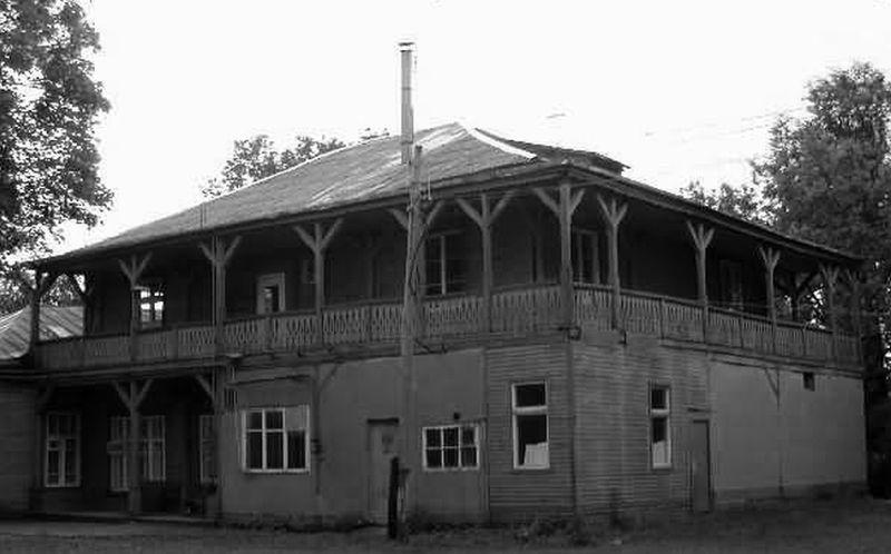 Sunaikintas Žvėryno dvarelis, Birutės g. 40. Foto: PILOTAS.LT archyvas