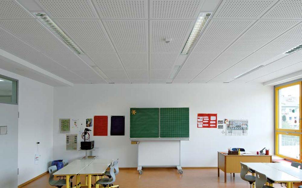 """Kukli Weisskircheno mokykla (arch. R.Ditmaras) – puikus pavyzdys, kaip veikia """"Knauf Danoline"""" medžiagos ir techniniai sprendimai."""