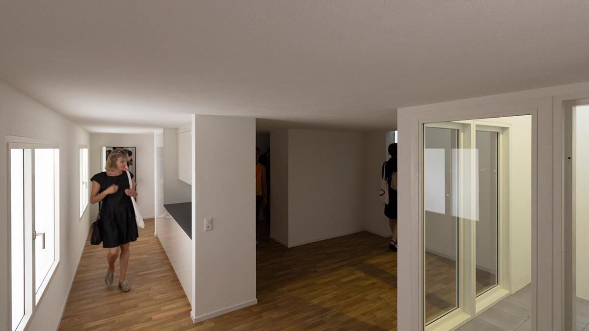 "Šveicarijos paviljonas ""Svizzera 240: House Tour"" (arch. A.Bosshard, L.Tavor, M. van der Ploeg, A.Vihervaara).16-osios Venecijos architektūros bienalės Auksinio liūto apdovanojimas"