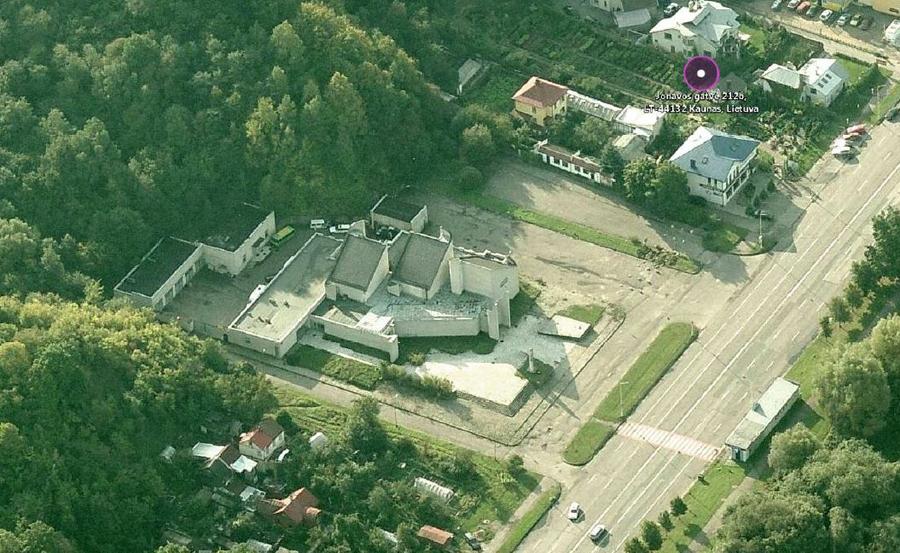 1978-aisiais pastatyti Kauno ritualinių paslaugų rūmai (arch. A.Paulauskas) jau 12 metų stovi apleisti