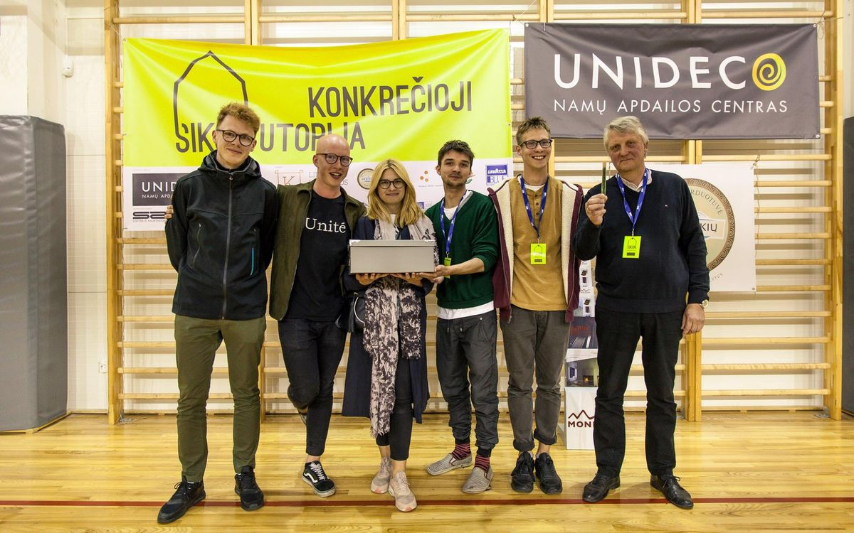 "Komanda ""LIPAM"": A.Viselga, J.Augutis, G.Nevulytė, I.Kazlauskas, K.Grigaitis; 2-oji vieta"
