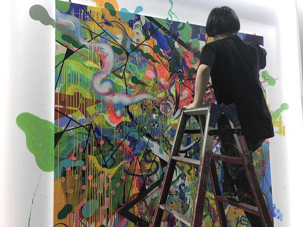 Hiroyuki Mitsume Takahashi kuria video projekcijas gyvai. Festivalis NOW JAPAN
