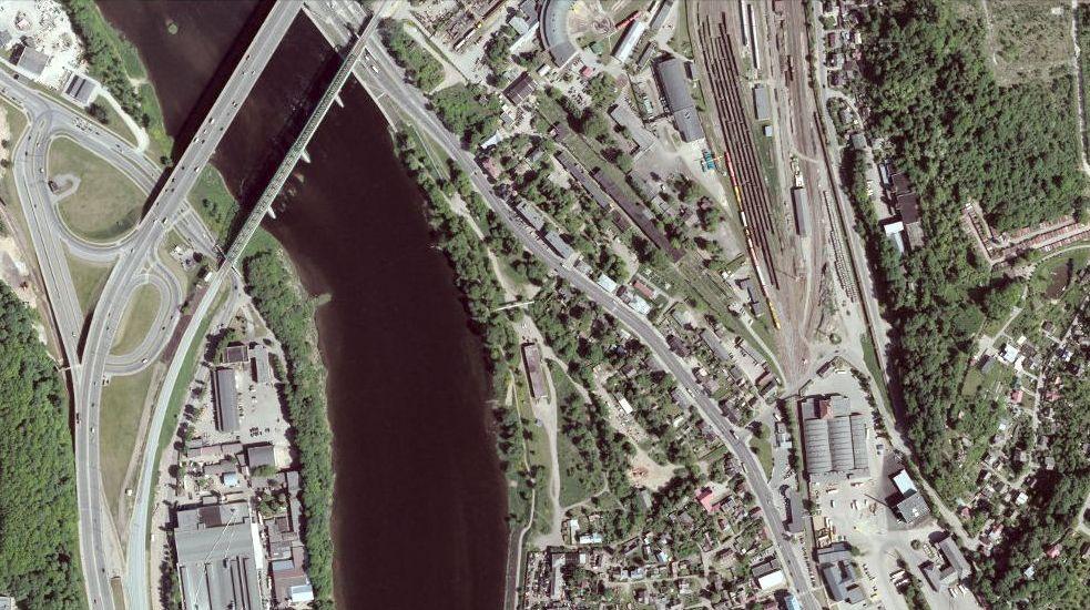 Architektas G.Natkevičius tris dangoraižius bando įsprausti siaurame trikampėlyje prie Geležinkelio tilto.