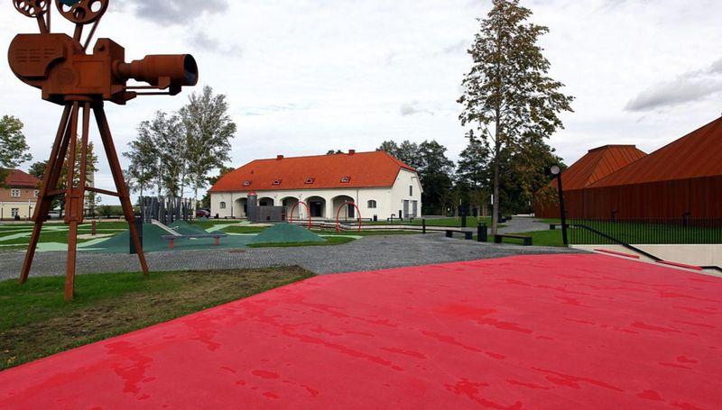 "Kino muziejus (arch. A.Savi, M.Soonets, J.Lepper; gerbūvis K.Lootus, L.Zarudnaya, I.Vartsen, S.Lootus, K.Pruuden, M.Triibmann; interjeras K.K.Kaufmann, K.Karmann, P.Klaas, V.Lausmäe), Estijos kultūros fondo 2018 m. apdovanojimų ""Grand Prix""."
