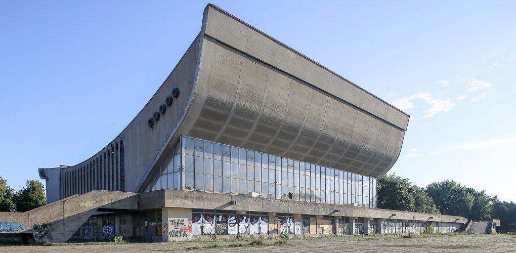 Vilniaus koncertų ir sporto rūmai (arch. E.Chlomauskas, J.Kriukelis, Z.Liandzbergis; konstruktoriai H.Karvelis, A.Katilius, A.Kamarauskas, S.Kovarskaja,;1971 m.). Foto: Norbert Tukaj