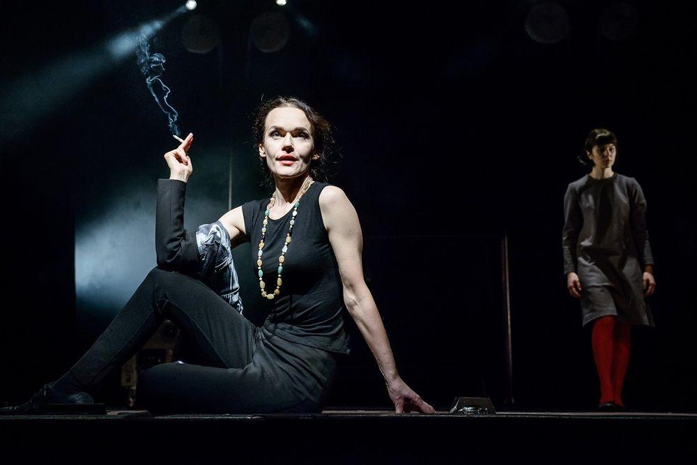 "Scena iš spektaklio ""Cinkas"". Foto: L.Vansevičienė."