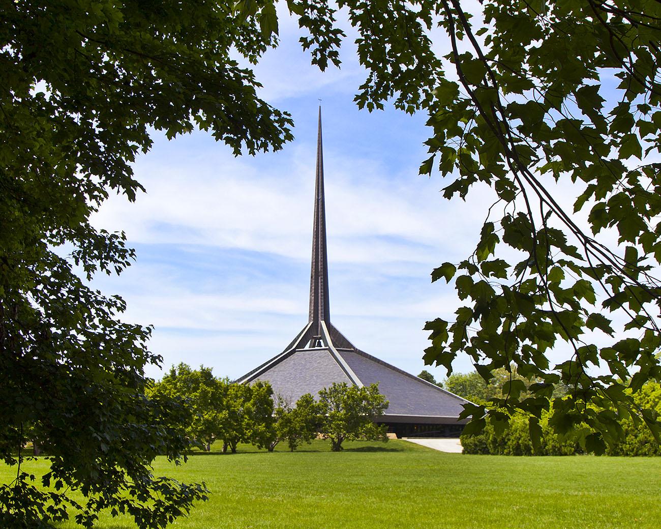 Krikščionių bažnyčia JAV (arch. Eero Saarinen, 1964). Foto: Hadley Fruits