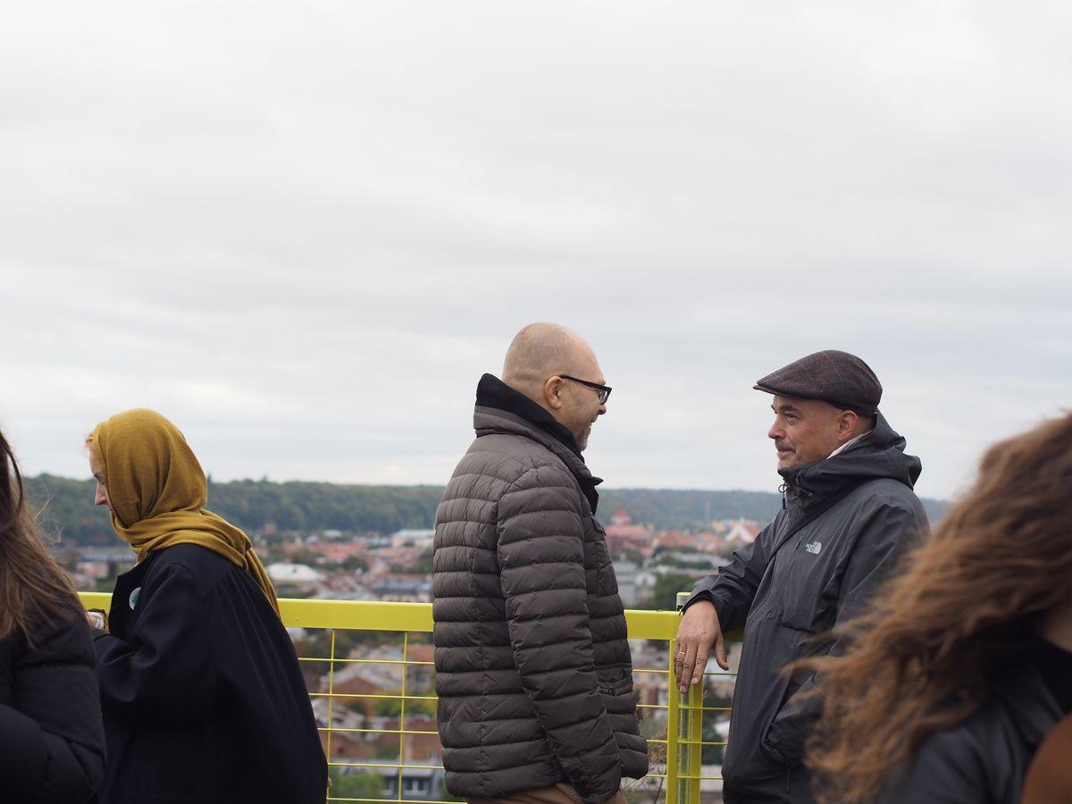 Ant stogo įrengta apžvalgos aikštelė trumpam tapo diskusijų apie architektūrą ir aplinką vieta. Foto: ©PILOTAS.LT