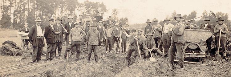 Dvaro Patoka plytinės darbininkai, XIX a.