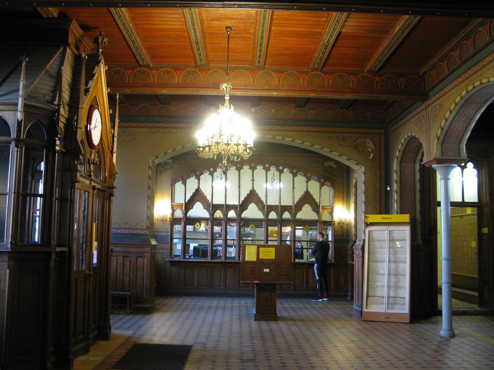 1893-iaisiais pastatytiems Klaipėdos Karališkojo pašto rūmams gresia aukcionas