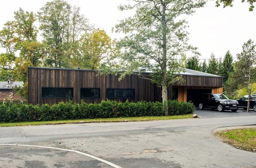 "Privatus namas (arch. Pelle-Sten Viiburg, Rene Sauemägi, interjero dizainerė Karolin Kõll). ""Raitwood"" fasado apdovanojimas"