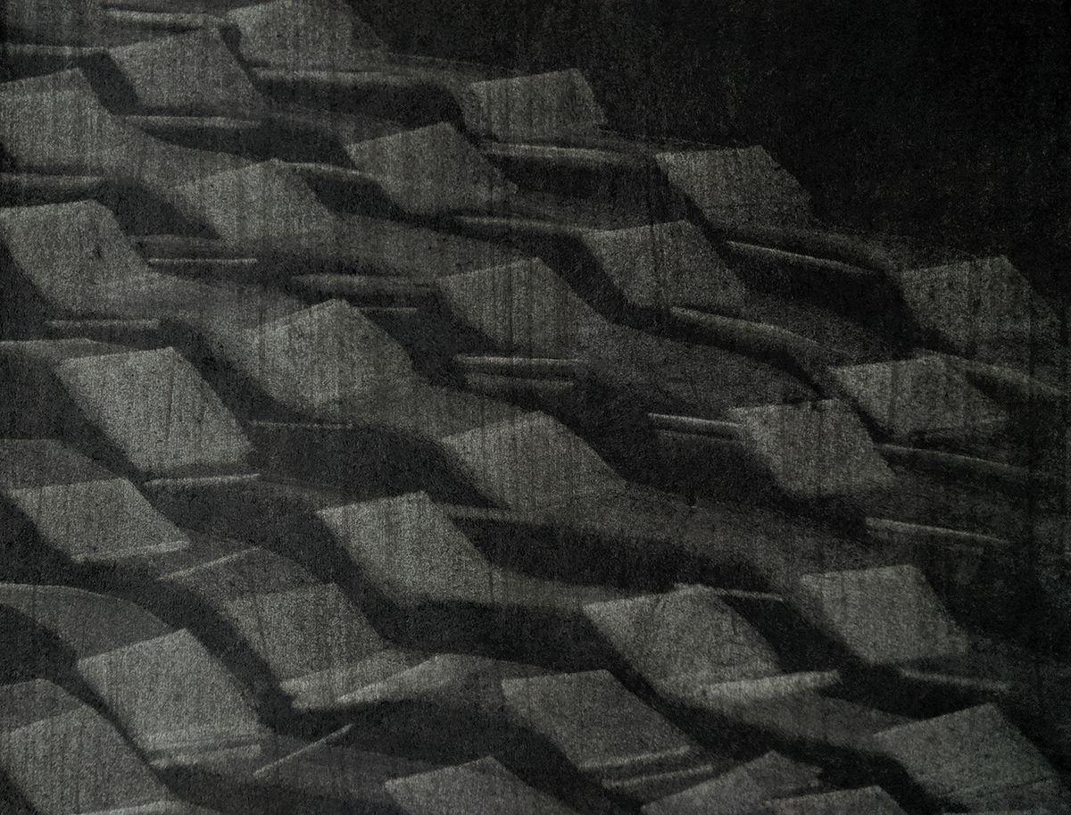 """Be pavadinimo, V.Žumbakytė, 2019, iš anglies piešinių ciklo """"Tekstūros"""""""