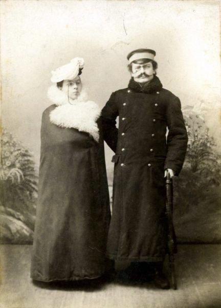 """Kazimieras ir Stanislava Venclauskiai, Šiauliai, 1904 m. Foto: B.Zatorskis, Nuotrauka iš Šiaulių """"Aušros"""" muziejaus fondų"""