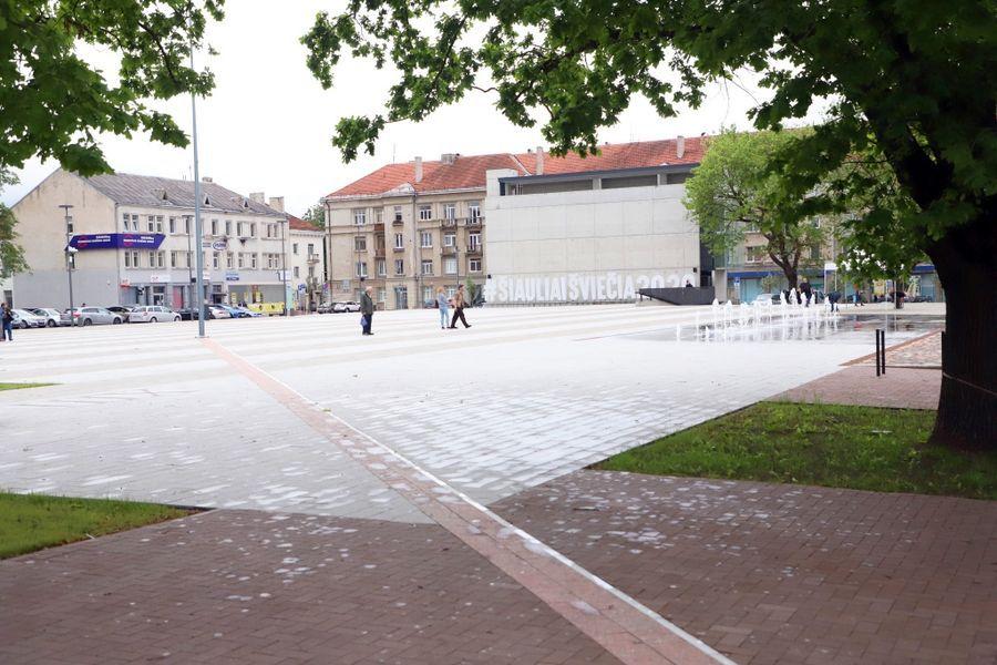Šiaulių Prisikėlimo aikštė (arch. V.Rudokas). Foto: nuotrauka: Šiaulių savivaldybės