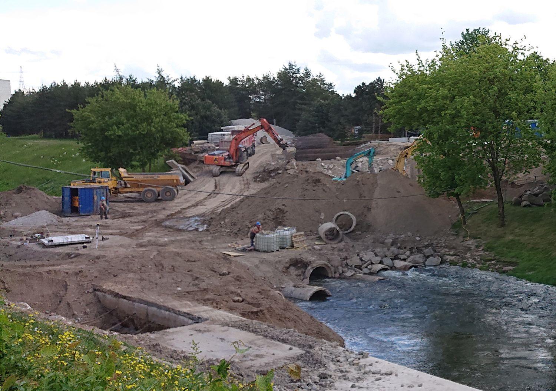 """Mažasis tiltas į Nemuno salą jau statomas pagal """"KILD architektai"""" projektą. Foto: ©PILOTAS.LT"""
