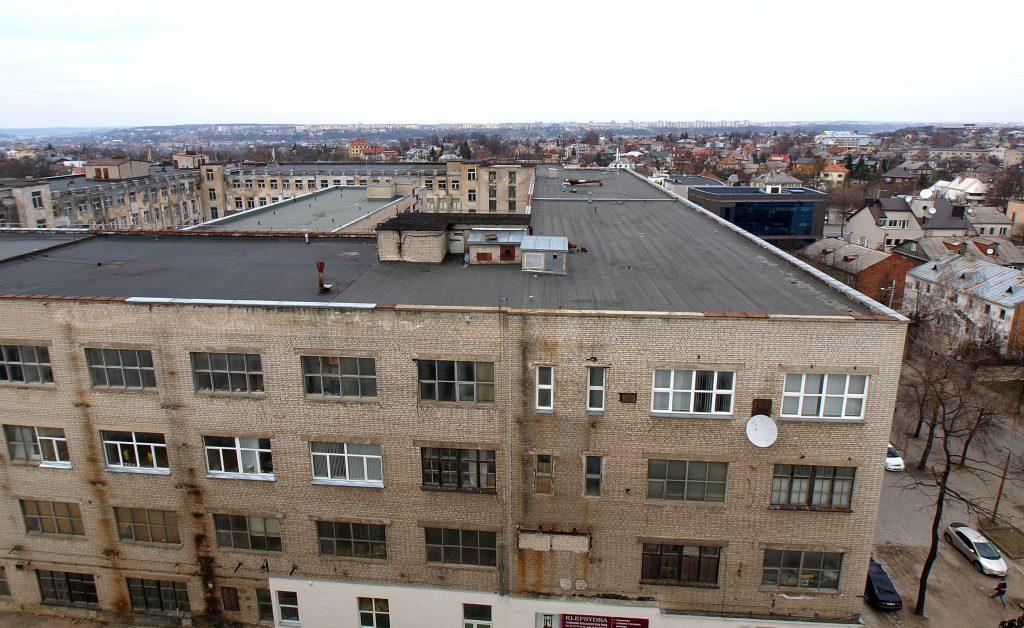 """15.000 m² ploto projekte """"Radio City"""" kolektyvo """"Archas"""" architektai siūlo įrengti atsirasti 330 loftų skruzdelyną, o rekonstrukciją realizuoti kone kosmetinėmis architektūrinėmis priemonėmis. Foto: ©PILOTAS.LT"""