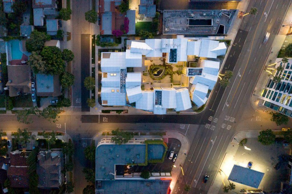 "Namas-sodas Los Andžele (arch. ""MAD Architects""). Foto: Darren Bradley"