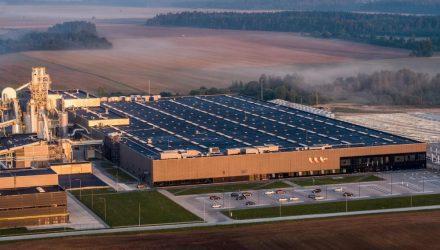 VMG medienos plokščių gamykla