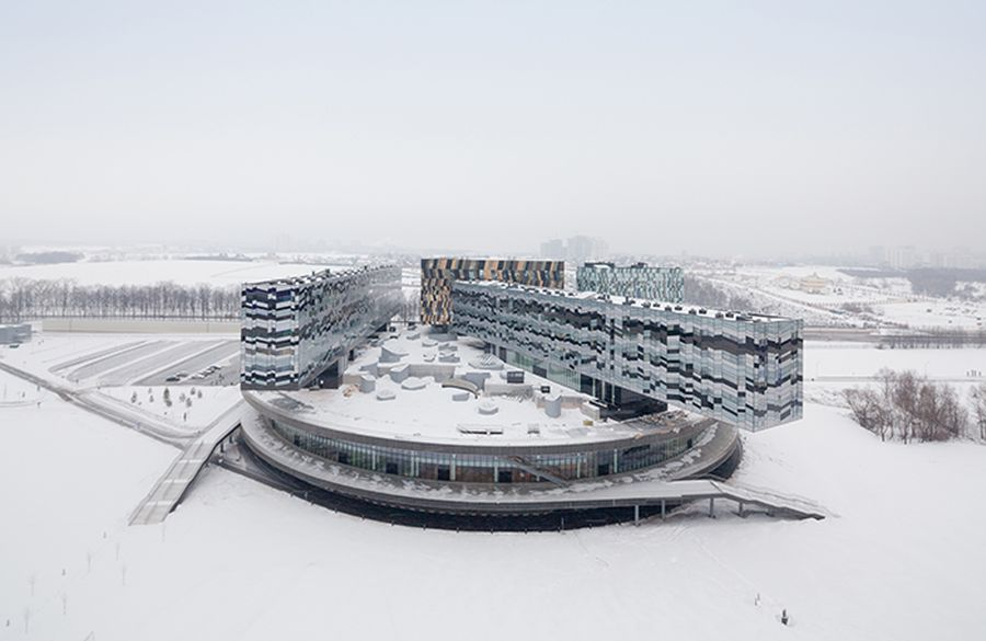 "Maskvos Skolkovo vadybos mokykla (arch. ""Adjaye Associates"" ). Foto: Iwan Baan"