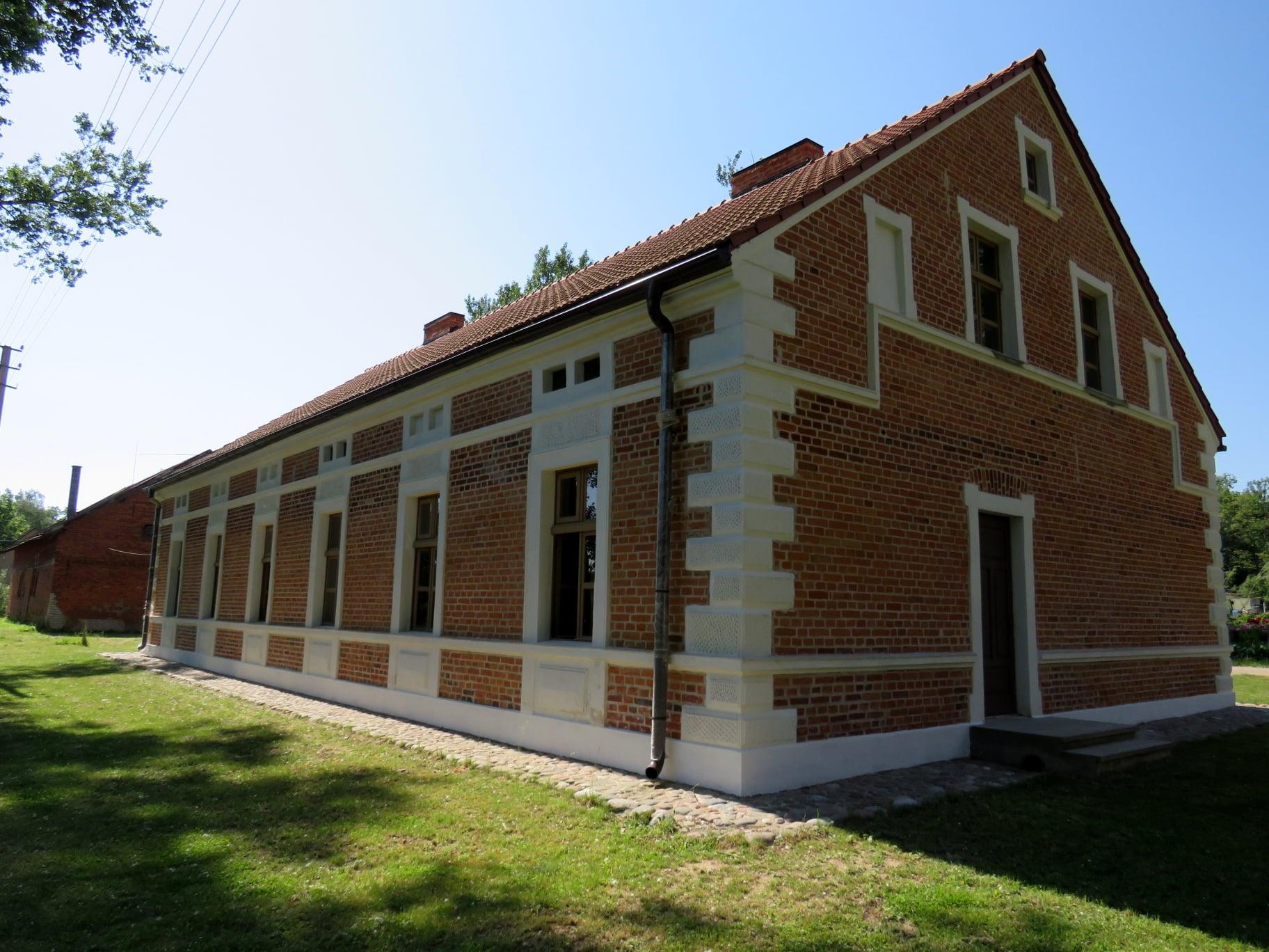 Amatininkų namas Zyplių dvare