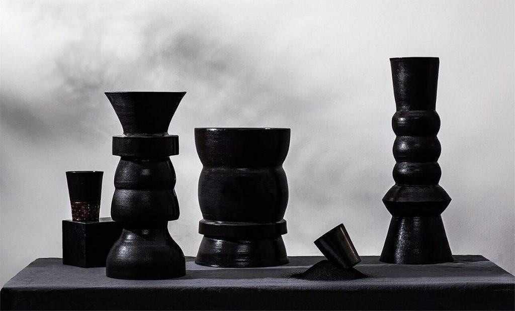 "Interjero dizainas: ""Dūmoti vazos"", E.Mieželė, 1-oji vieta"