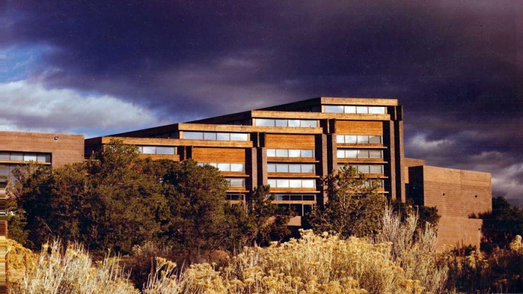 Santa Fe indėnų meno ir kultūros muziejus (arch. E.Mazria, JAV).