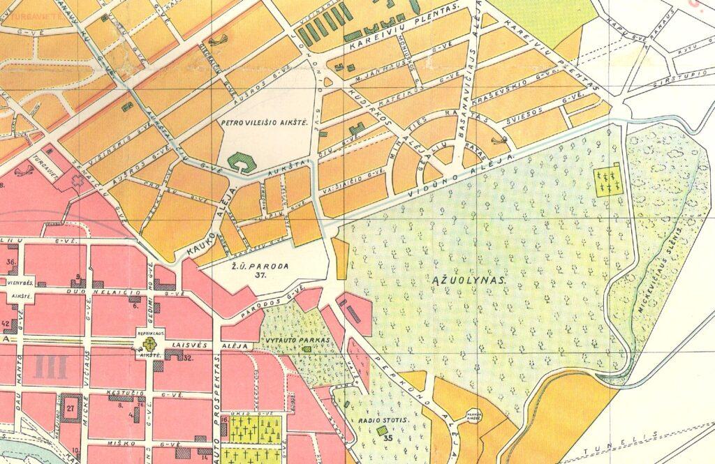 1929-ųjų metų matininko J.Salėnėko plane aiškiai matyti Ąžuolyno parko vientisumas. Pav: Redakcijos archyvas