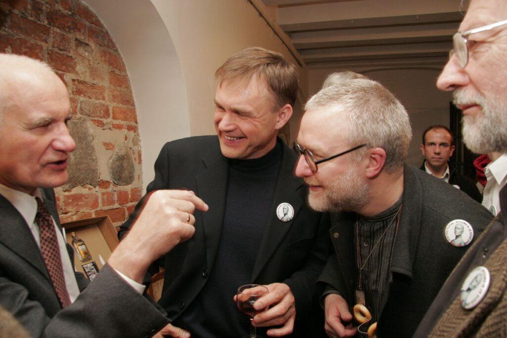 Redaktoriui nestigo vertingų patarimų: A.Butkus, R.Dargis, V.Dičius. Foto: R.Urbakavičius, 2006.02.09.