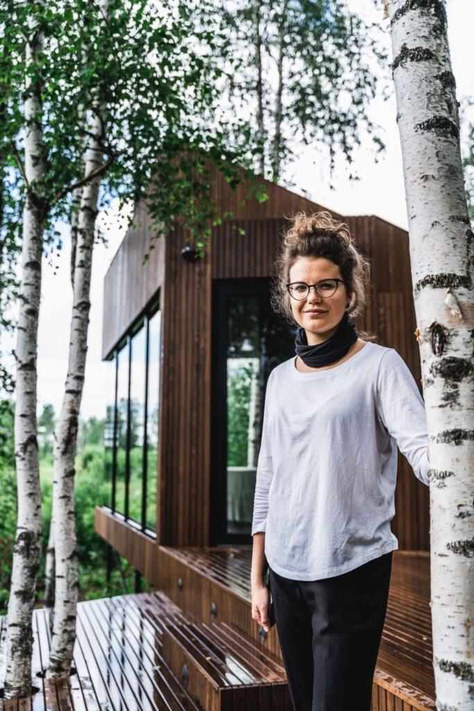 """Mikroviešbučio """"Maidla Nature Resort"""" architektė Mari Hunt jau ir anksčiau buvo pasižymėjusi originaliais ir subtiliais projektais gamtoje."""
