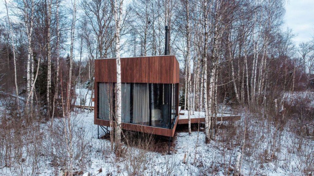 """Mikroviešbutis """"Maidla Nature Resort"""" (arch. M.Hunt bei A.Ader, K.Klementi ir K.Tõugu). Foto: Feeliks Volož."""