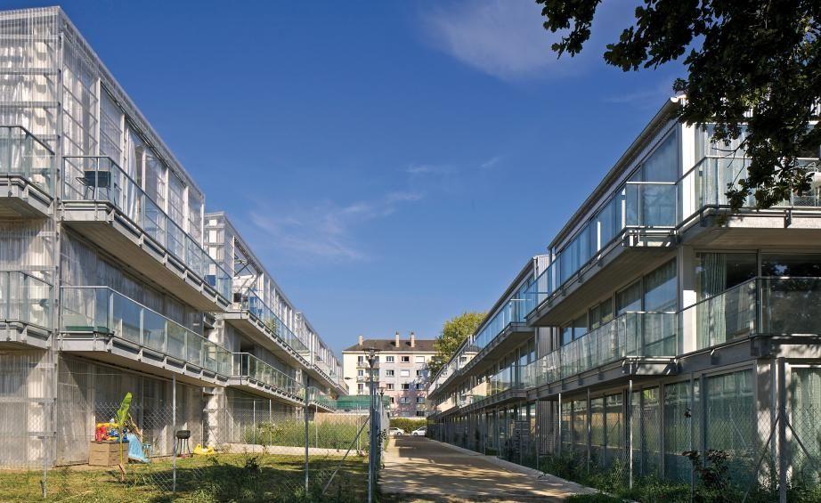 53 socialinių būstų kompleksas (arch. A.Lacaton, J.P.Vassal). Foto: Philippe Ruault