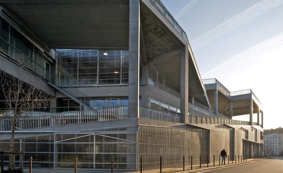 Nanto nacionalinė architektūros mokykla (arch. A.Lacaton, J.P.Vassal). Foto: Philippe Ruault