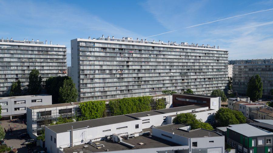 """7-ojo dešimtmečio 530 socialinių butų komplekso Bordo mieste (Prancūzija) renovaciją """"Grand Parc Bordeaux"""" (arch. """"Lacaton & Vassal architektes"""", """"Frédéric Druot Architecture"""" ir """"Christophe Hutin Architectureis""""). Foto: Philippe Ruault"""