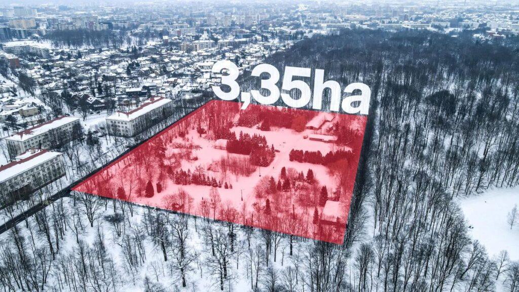 Mega parkingui ketinama atplėšti iš Kauno Ąžuolyno 3,35 hektaro. Pav: V.Pilkauskas
