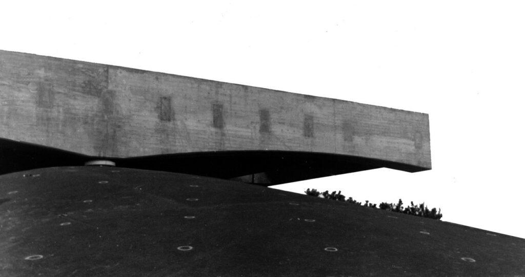 Brazilijos paviljonas pasaulinėje parodoje Expo'70 (Osaka, Japonija). Arch. Mendes da Rocha. Foto: Arquivo Paulo Mendes da Rocha