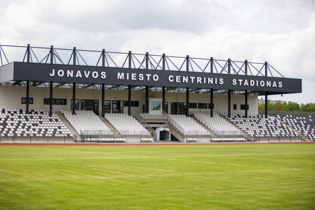 Jonavos centrinis stadionas. Foto: A.Reipa