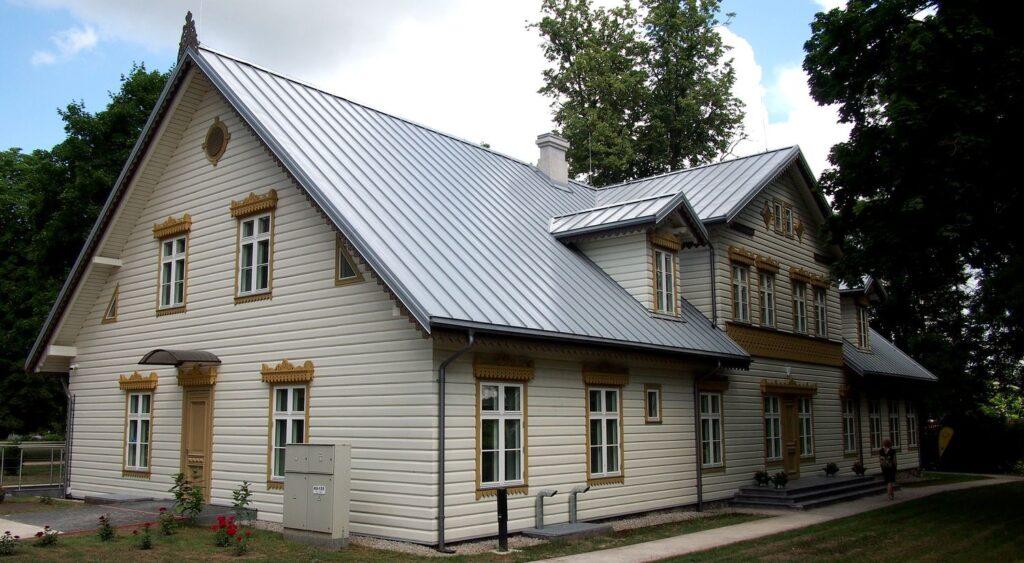 Šį pavasarį Kuršėnų dvaras priimtas į Lietuvos pilių ir dvarų asociaciją. Foto: ©PILOTAS.LT