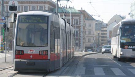 images_phocagallery_1403_tramvaj_pav_1403_tramvaj_tit