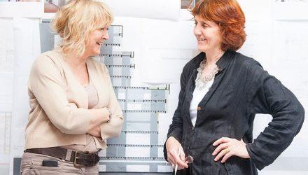 Yvonne Farrell ir Shelley McNamara