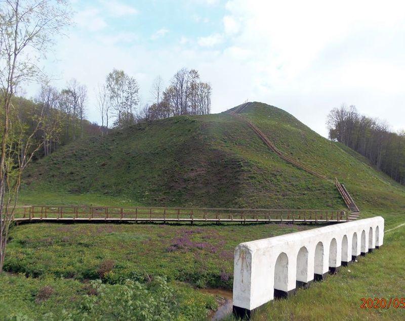 Kartupėnų piliakalnis